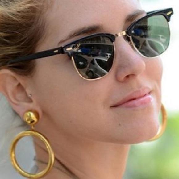 ce2852079745 Ray-Ban Clubmaster Women's Sunglasses Black Frame.  M_5b54e53fe9ec897b5aa24979